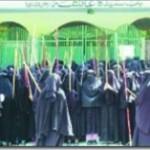 جامعہ حفصہ کی طالبات اور انتظامیہ کی ٹکر